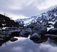 Guthega Mountains Twighlight by MagnusAgren