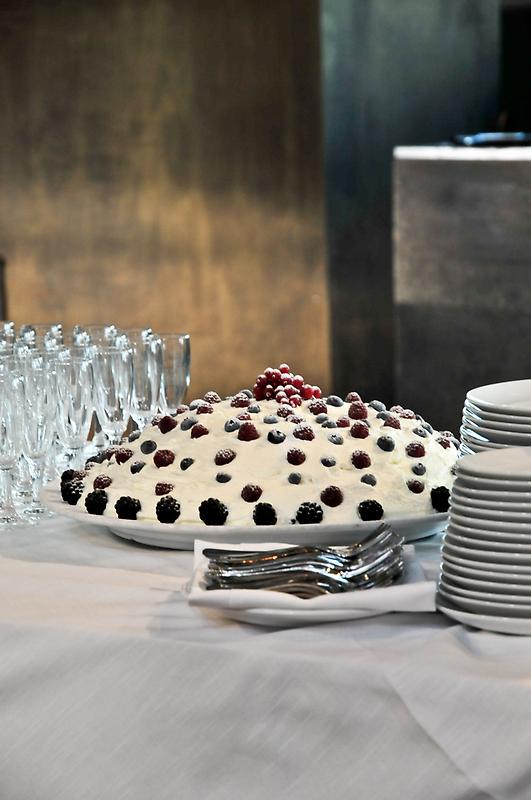 The Cake by Ilva Beretta