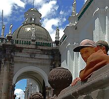 Plaza Observers by alanbrito
