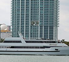 Miami Condos & Yacht by longaray2