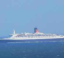 QE2 FLAMBOROUGH by MARMARISKEV