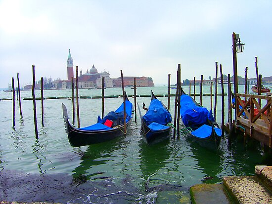 Venetian Gondolas by Christiane  Kingsley