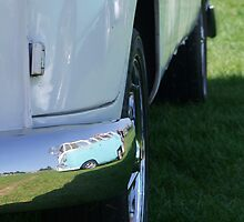 Splitty Reflection by Richard Yeomans