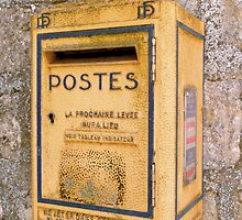 French mailbox by bubblehex08