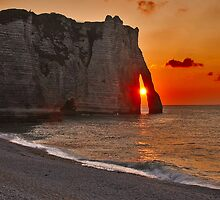 Sunset in Étretat by Adri  Padmos