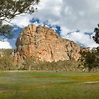 mt arapiles by Andrew Cowell
