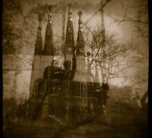 La Sagrada Familia by Russell Lett
