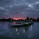 Mannum Sunrise by Steve Chapple