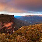 Wentworth Falls Lookout, Blue Mountains, NSW by Matt  Lauder