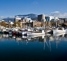 hobart harbour by doug hunwick