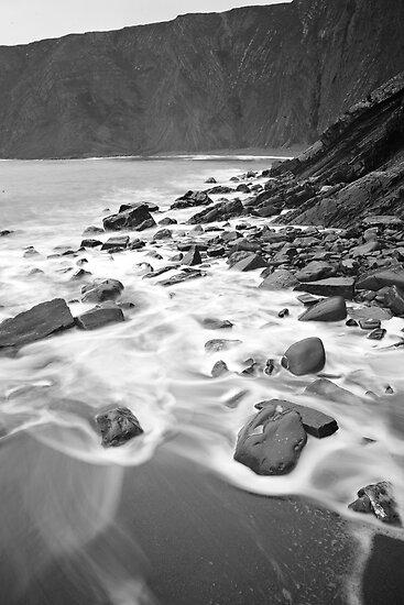 Cliffs of Hartland Quay by Friendly Photog