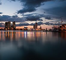 Broadwater Sunset by D Byrne