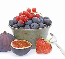 Summer fruits by Sarah-Jane Covey
