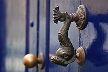 Fish door knocker - La Laguna Tenerife by evilcat