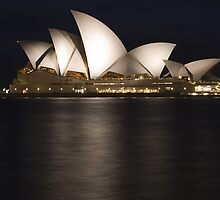 Sydney Opera House at Night by orianne