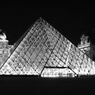 The Louvre by twoboos