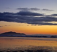 Kapiti Island Dreaming by TomRaven