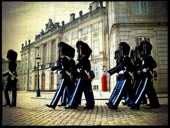 Changing of the Guard by Jonicool