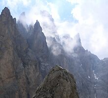Cloudy Dolomite by pljvv