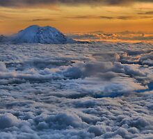 Sunset on Rainier  by Larry Lingard-Davis