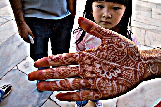 the Henna Hand by eyesoftheeast