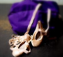 A dancer's tools by dramaqueen003