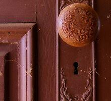 Vintage Door Knob by bcollie