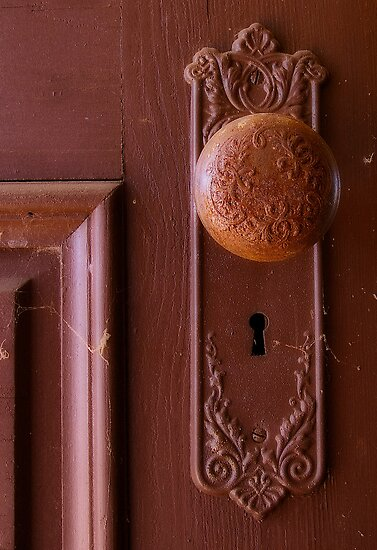 Vintage Door Knob by bcollie