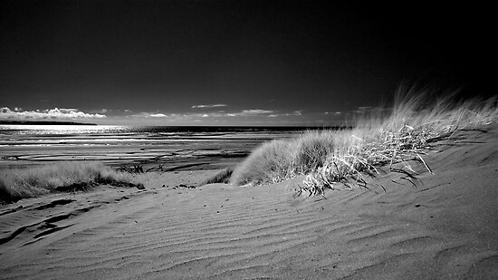 Saunton Sands, North Devon by James  Monk