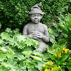 Garden Gnome (photo) by Woodie