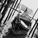 One Gondola  by giohugueth