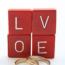wedding bands = love by portosabbia