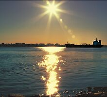 Sunset over St-Lawrence River Montreal,  Fall 2009   by imagen