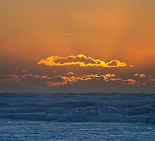 Every Cloud Has a Golden Lining by TomRaven
