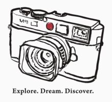 Leica M9 red dot rangefinder camera T-Shirt