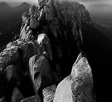 Ulsanbawi - Seoraksan National Park, South Korea by Alex Zuccarelli