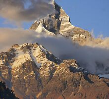 Machapucchare II by Harry Oldmeadow