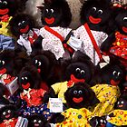 Smiling dolls - Salamanca Markets by Paul Gilbert