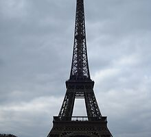 The Eifel Tower, Paris by sootydrebing