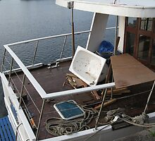Boat For Sale With Small Al Fresco Jacuzzi by PhotogeniquE IPA