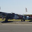 Spitfire 2 seater! by oulgundog