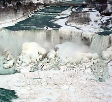 Niagara Falls at Winter. by nclames