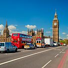 Westminster Bridge: Showing Big Ben by DonDavisUK