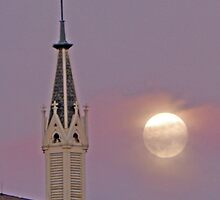 Moon over Loretta Chapel by gcampbell