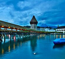 Luzern at dusk by Mario Curcio