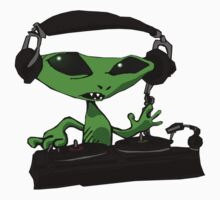 Alien DJ by starbright