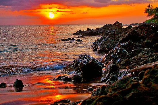 Sunset on Maui, Hawaii by Teresa Zieba