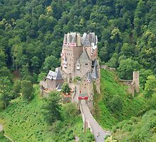 Burg Eltz - a view by roumen