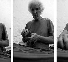 Tómas Typesets  by Philip  Rogan