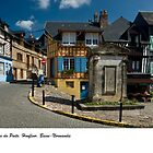 La Place du Puits, Honfleur, France by macondo
